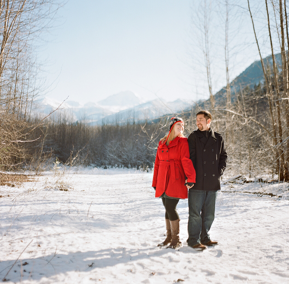 joe-and-patience-mt-baker-film-engagement-photography012